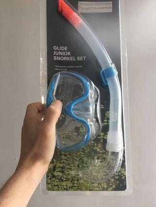 Mask and snorkel set 🐠🐟