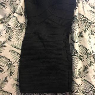黑色緊身裙