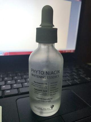 Phyto niacin whitening essence