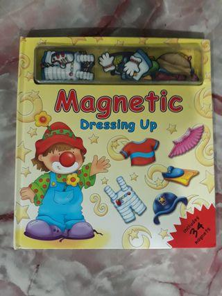 Magnetic Dressing Up Book (34 magnets)