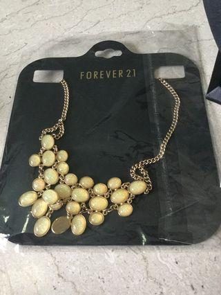 🚚 Forever 21 Necklace