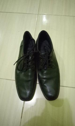 Sepatu fantovel hitam #BAPAU