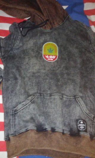 Sweater addictive Legalized (sweater distro)