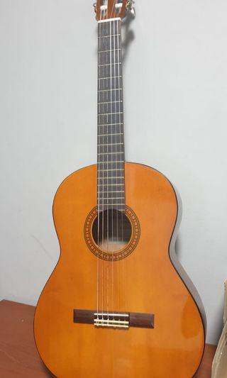Preloved 3/4 guitar for sale