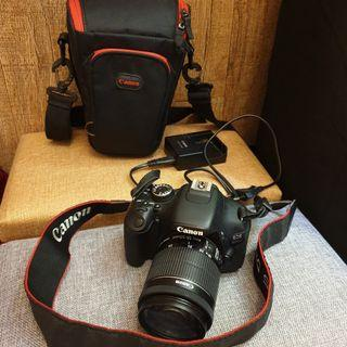 Kamera DSLR Canon EOS 600D 18-55mm extra battery
