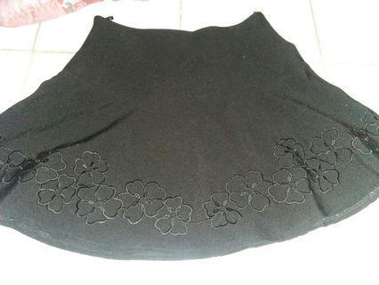 #BAPAU || Black Mini Skirt