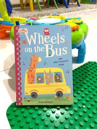 Wheel on the bus ( buku cerita import )