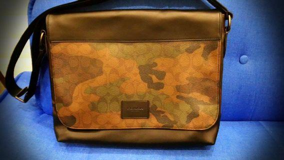 COACH Signature Camouflage Messenger Bag F37612