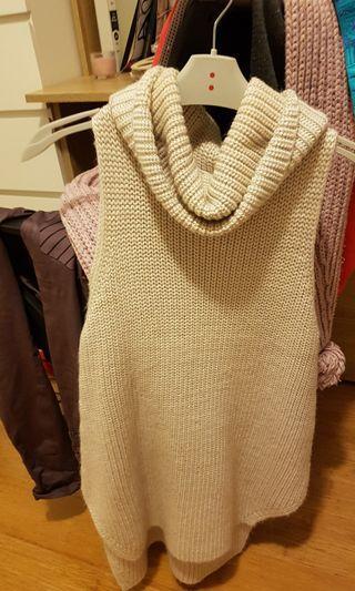 Forever new sleeveless knit jumper