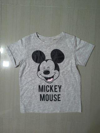 🚚 Brand  NEW Boys Authentic Disney Mickey Tee