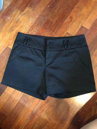 Black Shorts #GayaRaya