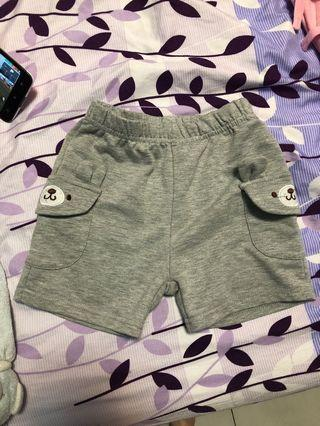 🚚 灰色熊熊口袋短褲