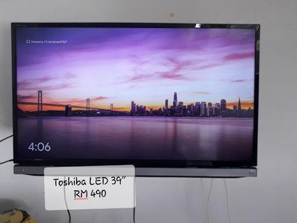 "Toshiba 39"" USB Movie Multisystem LED TV"