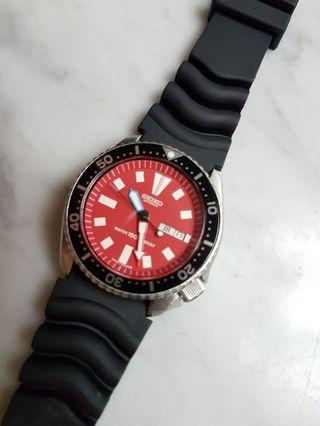 Seiko 150M Diver Day/Date Auto Men Watch 6309-729A(Mod Red).