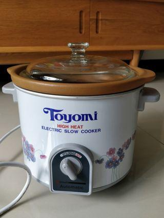 Toyomi Electric High Heat Slow Cooker