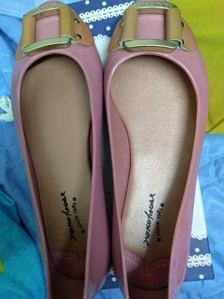 貳十四號鞋