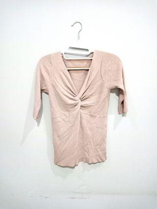 NUDE KNIT TOP