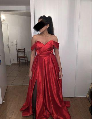 Brand new sweetheart red gown prom
