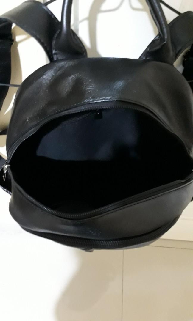 Black Backpack/ Ransel Hitam