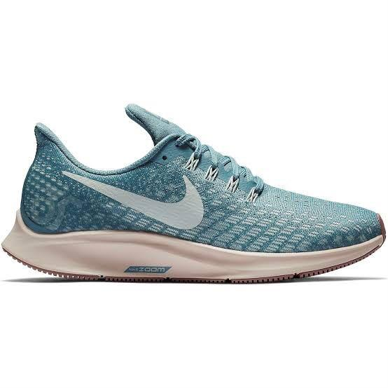 Brand new Sale! Nike pegasus! Several sizes just ask :)