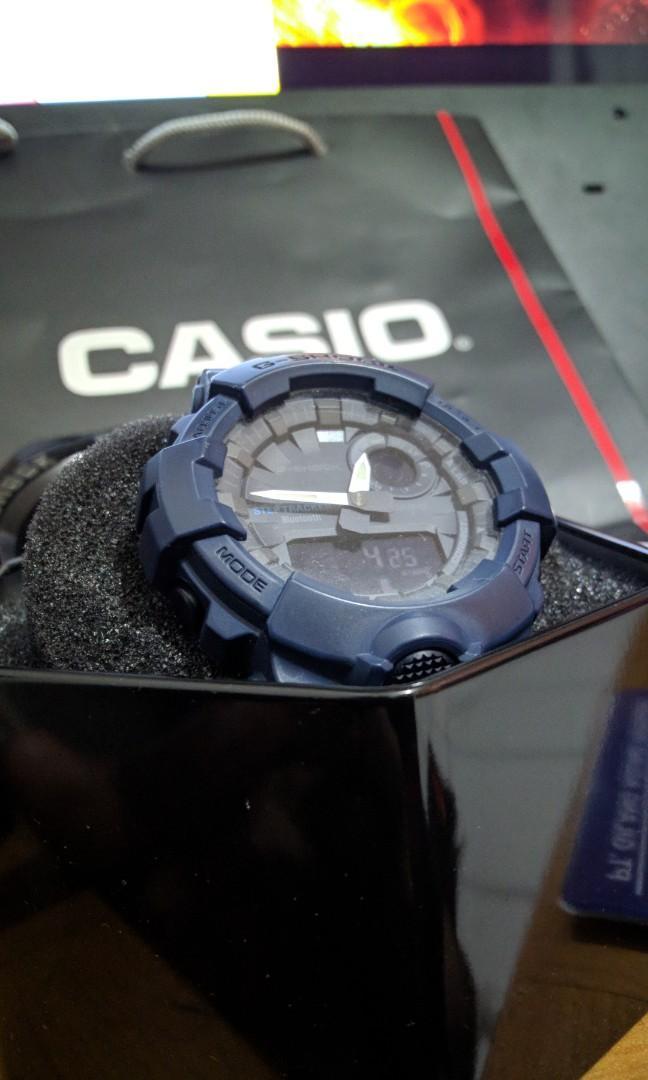 Casio G-Shock GBA-800 2ADR steptracker Bluetooth