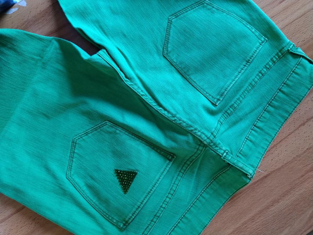 Celana Panjang Jeans Guess Size 26 Hijau #maujam