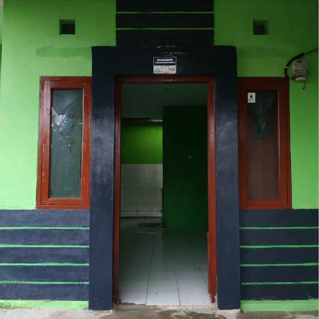 DIKONTRAKAN : Rumah 2 Kamar Tidur + HOOK (Daerah Cibarusah-Bekasi)