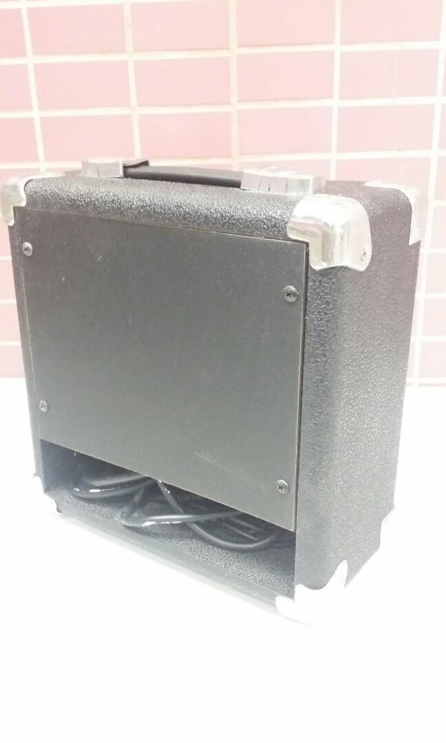 G-10C guitar amplifier