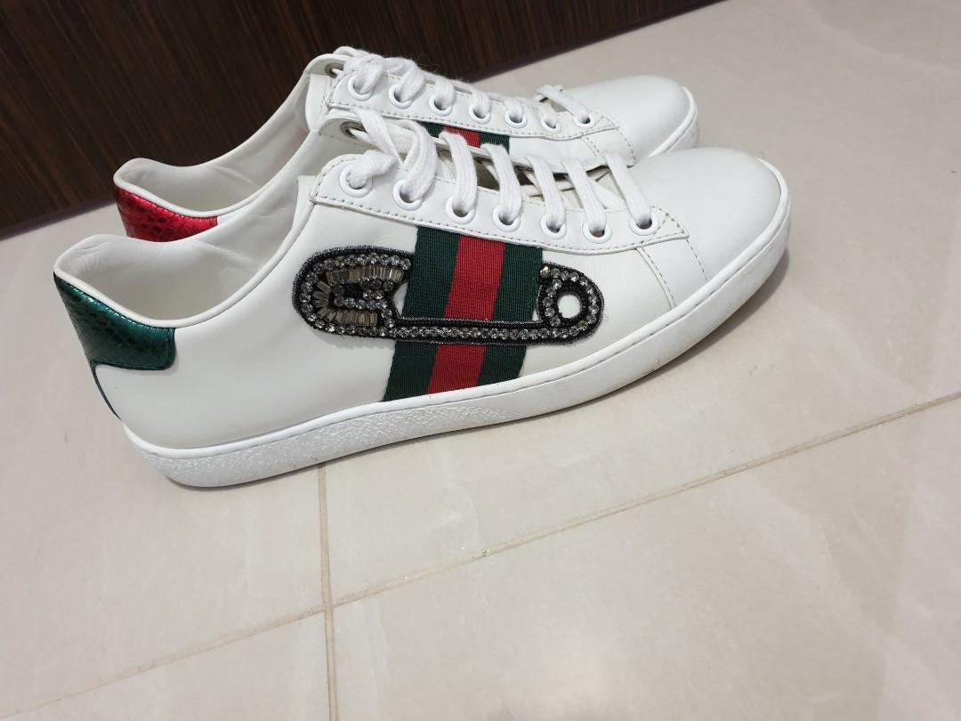 Gucci ace embroidered sneakers Authentic