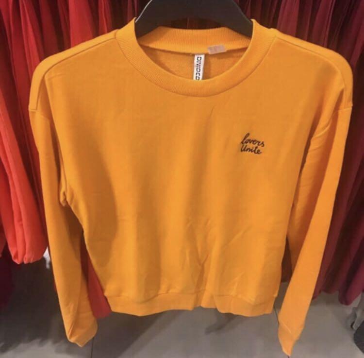 H&M sweatshirt sweater