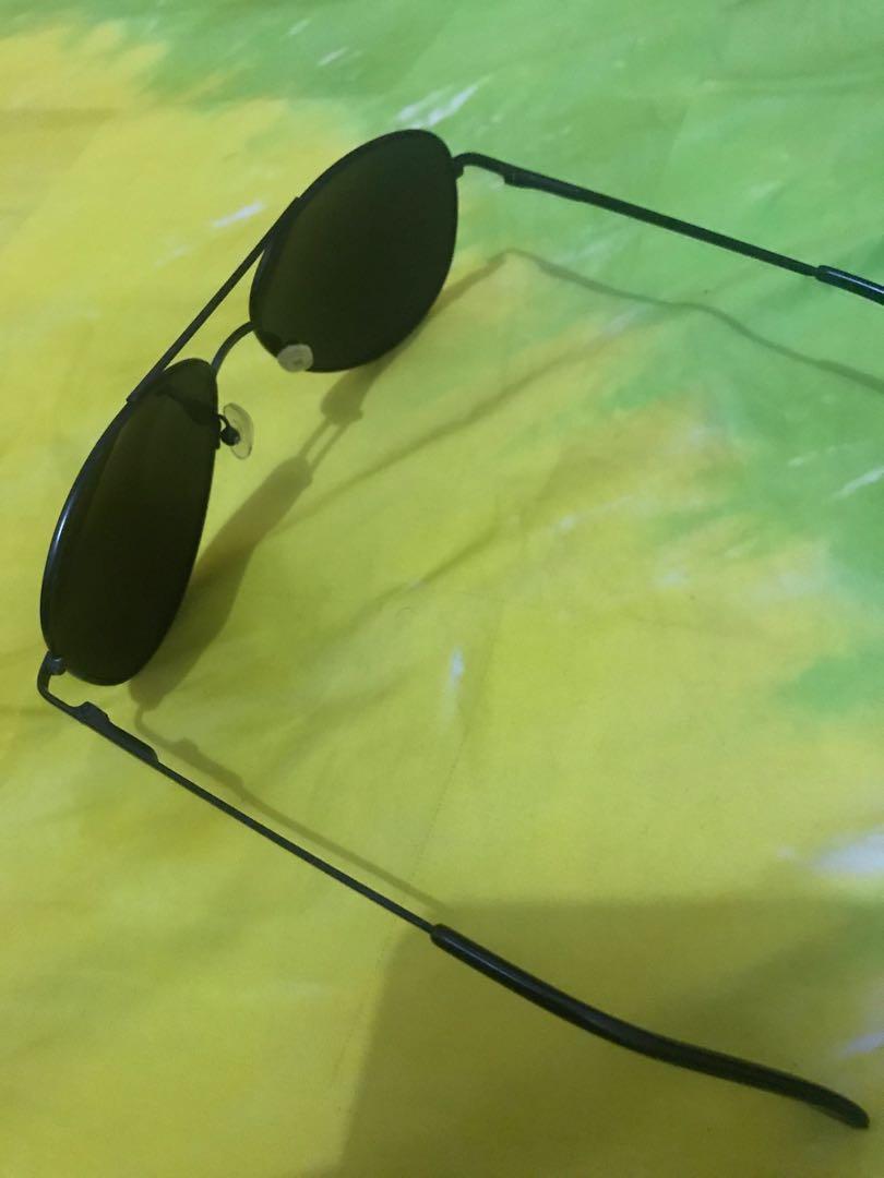 Kacamata hitam #BAPAU