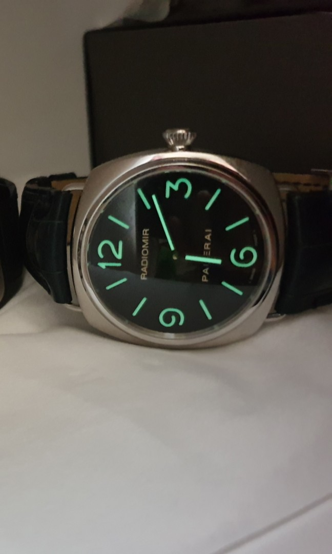 Panerai Pam 210 Men S Fashion Watches On Carousell