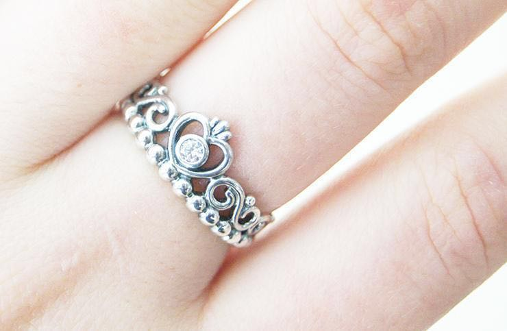 907debba0 Silver tiara pandora ring, Women's Fashion, Jewellery, Rings on ...
