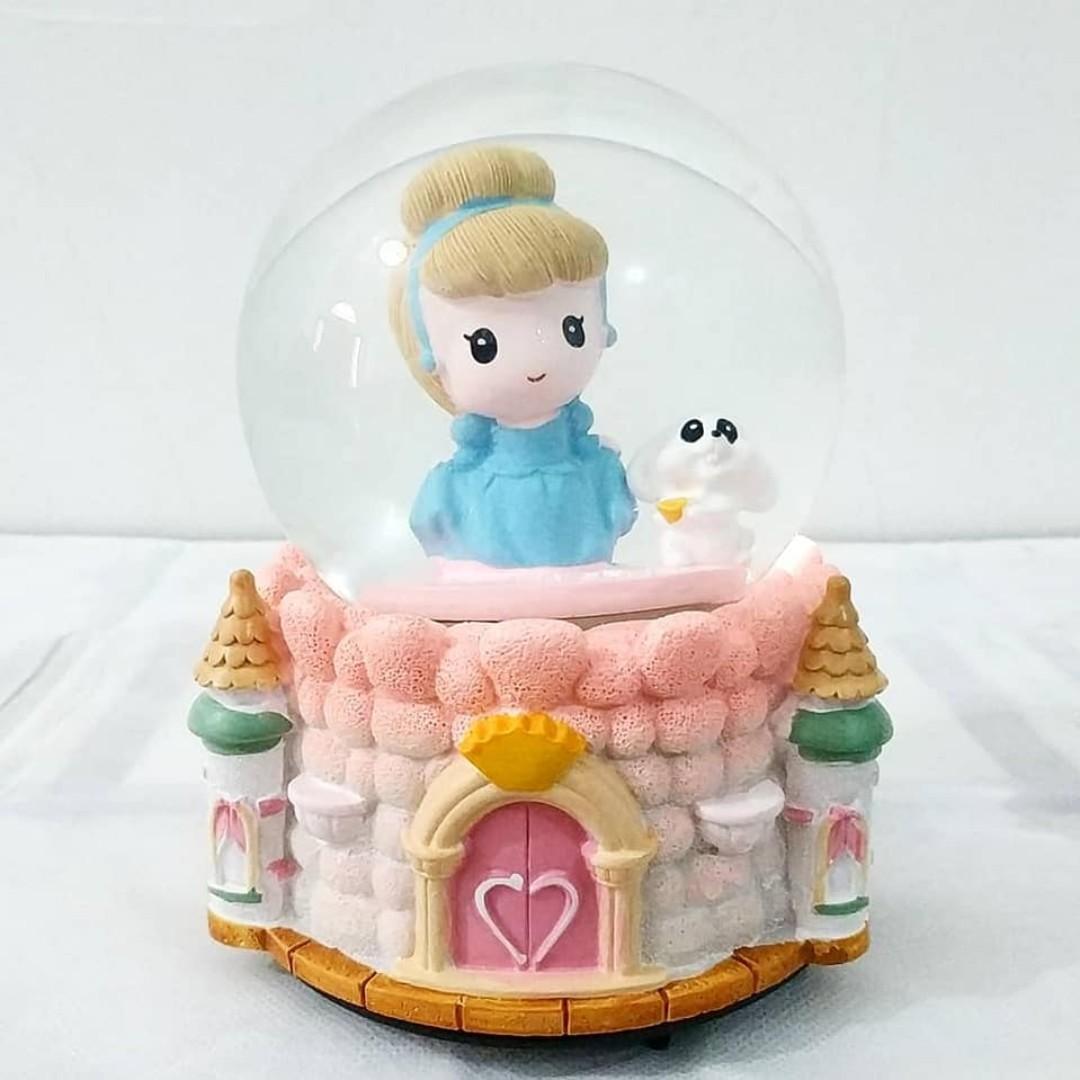 Snow Ball Cinderella