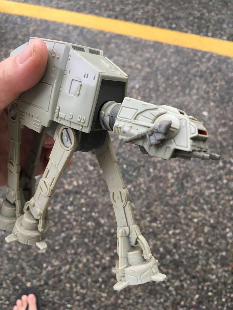 Star Wars AT-AT Imperial Walker Collectible
