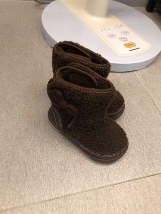 幼童毛毛粒靴