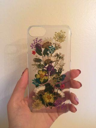 Urban outfitters buncha dried flowers iphone 6/6s/7/8/8scase