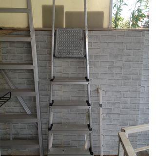 5 step light-weight ladder