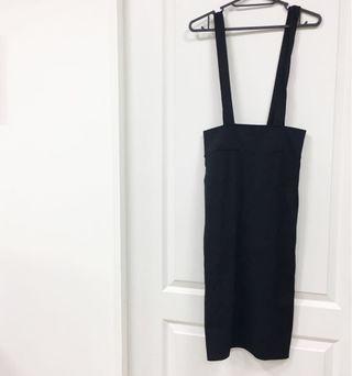 🚚 全新 H&M 吊帶裙