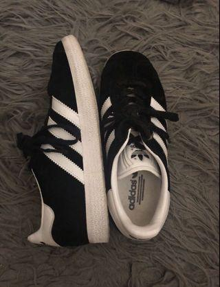 Adidas Gazelle's Shoes