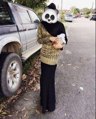 #GayaRaya Kurung moden in black gold colour with flowy skirt
