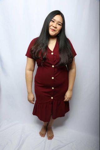 🚚 LovePrettyPlus Maroon 5 Button Dress