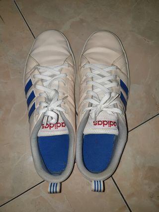 Sepatu adidas #BAPAU