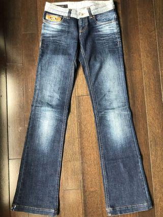 Authentic Gucci jeans size 36