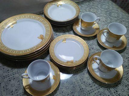 #BAPAU DINNER SET VICENZA ITALY LILY DESIGN MURAH