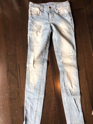 Skinny light wash denim jeans size 24
