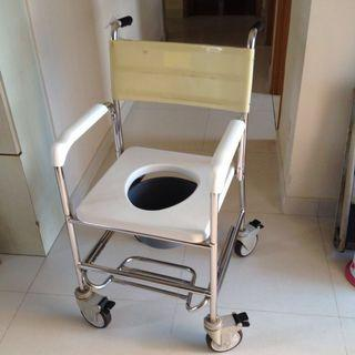 2-in-1 Commode Shower Chair