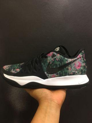 Nike Kyrie Low EP