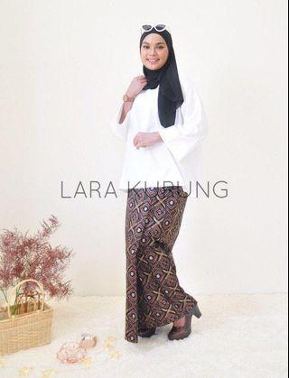 Lara Kurung