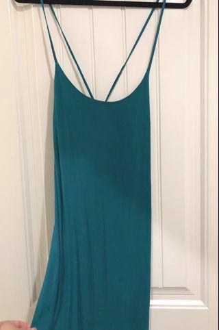 F21 寶藍色露背洋裝